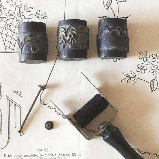フランスアンティーク 刺繍用ローラースタンプセット(1)