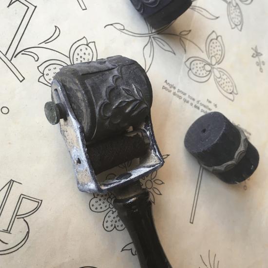 フランスアンティーク 刺繍用ローラースタンプセット(2)