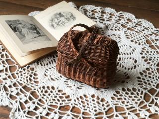 アンティーク ドールパニエ 人形の小さなバスケット