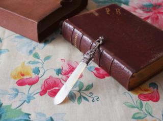 フランスアンティーク シルバーとマザーオブパールのペーパーナイフ(ブックマーク)