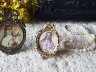 フランスアンティーク オルモル装飾のミニフレーム リボンのフォトフレーム