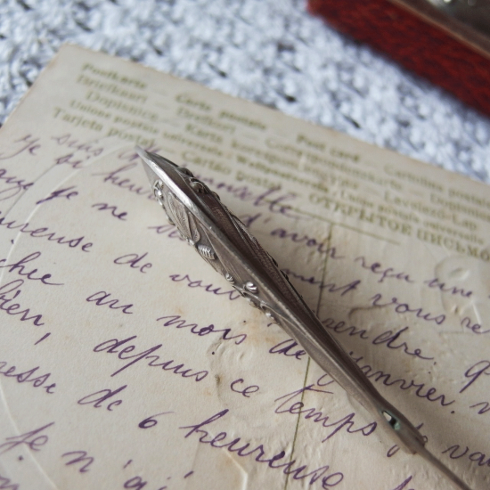 フランスアンティーク すずらんと蝶のシルバーレターセット(BAIGNOL&FARJON箱入りのペン先付き)