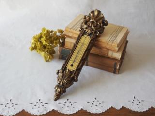 フランスヴィンテージ ゴールド装飾の温度計(壁掛け用)