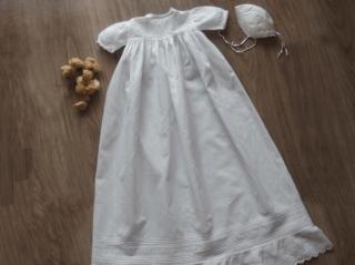 フランスアンティーク コットン製 洗礼式用ベビードレスとボネのセット