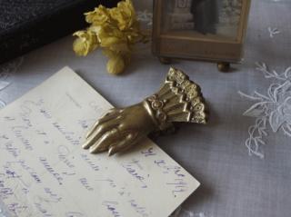 フランスアンティーク 真鍮製 小さな貴婦人の手のクリップ