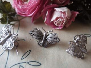 アンティーク フィリグリー(銀線細工)小さな蝶のブローチ(2)