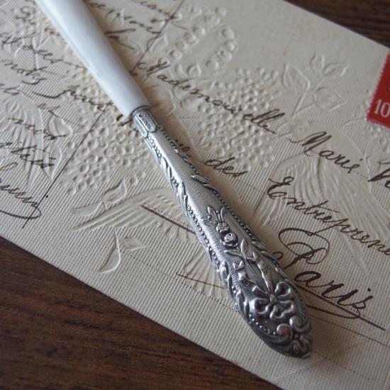 フランスアンティーク リボンとお花のシルバーレターセット(専用ケース付き)