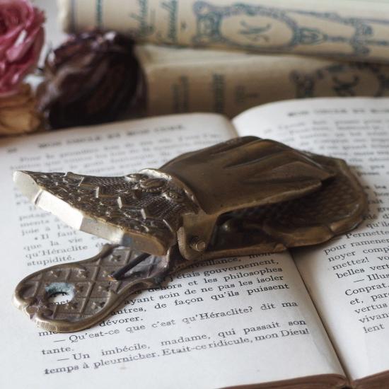 フランスアンティーク 真鍮製 貴婦人の手のクリップ
