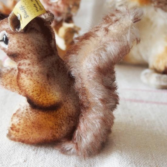 ヴィンテージシュタイフ 雌リスのペリ(Perri)10cm