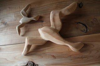 MANOMADE ORIGINAL | Wooden wall hanging objects<br />マノメイド 木製壁掛けオブジェ(かもめの親子)