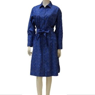 <img class='new_mark_img1' src='https://img.shop-pro.jp/img/new/icons13.gif' style='border:none;display:inline;margin:0px;padding:0px;width:auto;' />【WEEKEND MaxMara】総柄ワンピース