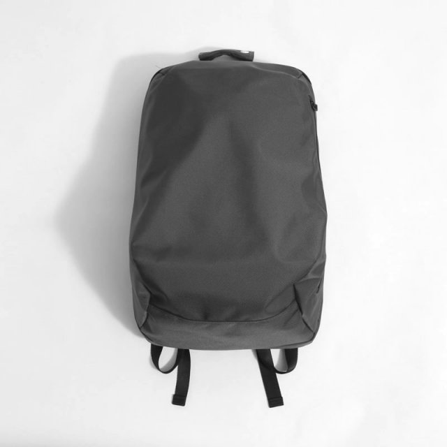 【UNIVERSAL PRODUCTS ユニバーサルプロダクツ】NEW UTILITY BAG CHARCOAL