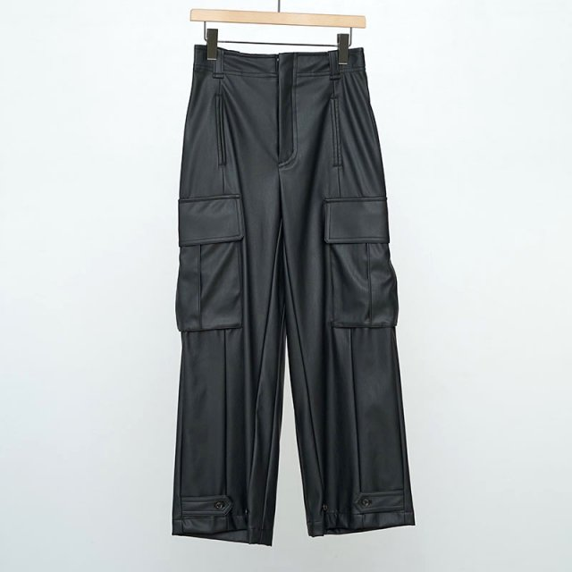 【2021 S/S】【Uhr / ウーア】Fake Leather Cargo Pants Black