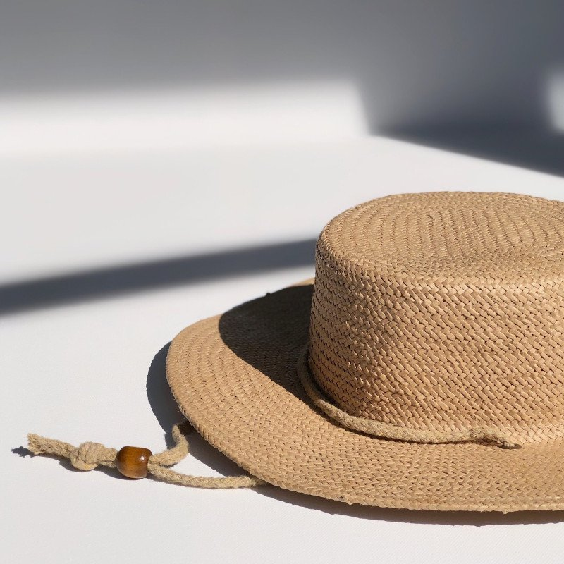 fini. hat (フィニ ハット)<BR>parisian boater hat<BR>ベビーキッズ麦わら帽子<BR>ペーパーストローハット<BR>1-6才