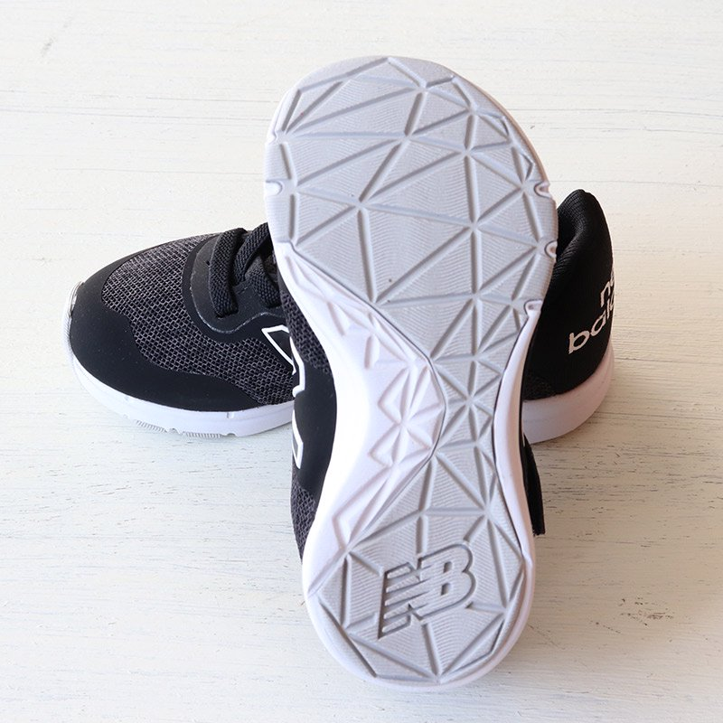 <img class='new_mark_img1' src='https://img.shop-pro.jp/img/new/icons5.gif' style='border:none;display:inline;margin:0px;padding:0px;width:auto;' />NEW BALANCE(ニューバランス)2020AW<br>NB PREMUS I CK(ベビー・インファント・キッズ)<br>IOPREMCK black