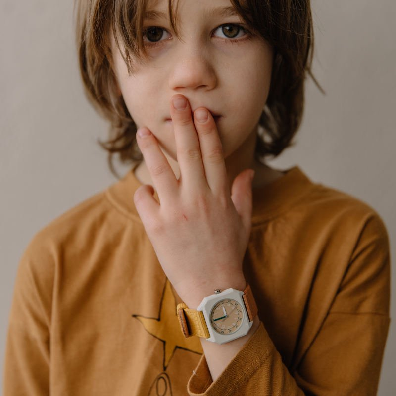 mini kyomo(ミニ キョウモ)<br> KIDS WATCH<BR>4色展開<br>キッズ用腕時計、アナログ時計