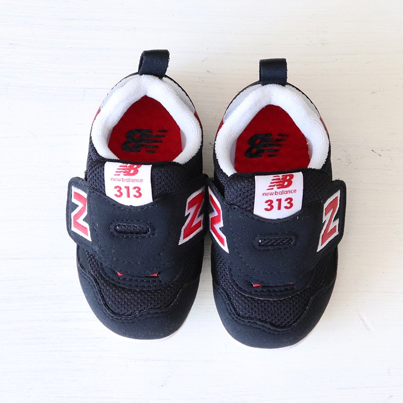 <img class='new_mark_img1' src='https://img.shop-pro.jp/img/new/icons5.gif' style='border:none;display:inline;margin:0px;padding:0px;width:auto;' />NEW BALANCE(ニューバランス)2021SS<br>IT313 FIRST CR(ベビー・インファント)<br>IT313FCR(BLACK/RED)