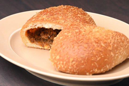 近江牛焼きカレーパン