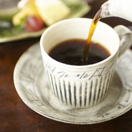 線刻全墨彩コーヒー碗皿