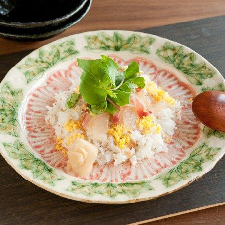 牡丹文ディナー皿
