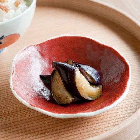 赤絵椿変形小皿