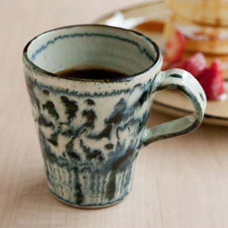 安南唐草マグカップ