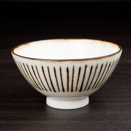 白磁サビ十草飯碗