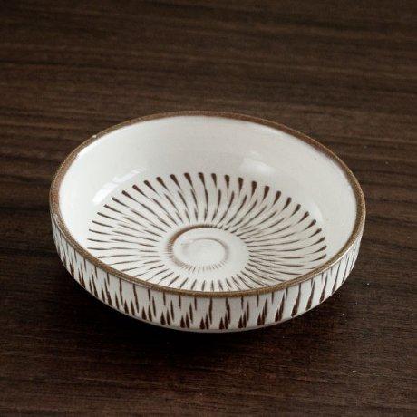 とびかんな切立小皿