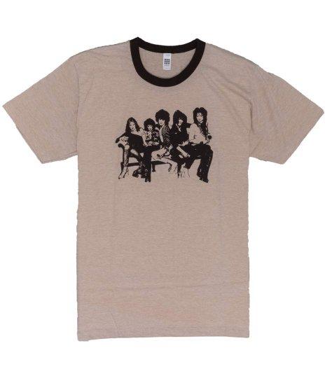 ニューヨーク ドールズ ( New York Dolls ) Heather Brown Ringer バンドTシャツカラー:ブラウン<br>サイズ:L<br>ブラウンのリンガーTにグループショットのデザインです。