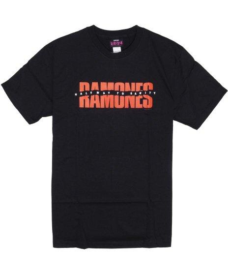ラモーンズ ( Ramones ) Halfway To Sanity バンドTシャツカラー:ブラック<br>サイズ:S〜L<br>HALFWAY TO SANITYのアルバムのロゴをデザイン。