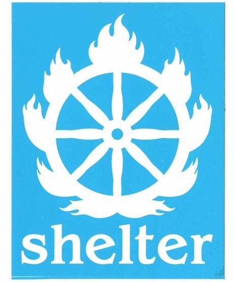 Shelter  バンドステッカー ロゴカラー:ベージュ<br>サイズ:8.9x11.5cm<br>シェルターのロゴをプリント