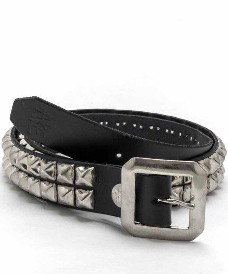 スタッズベルト メンズ 黒本革 2連 シルバーピラミッドカラー:ブラック<br>サイズ:S〜XL<br>定番のブラックにシルバーピラミッドのモデルです