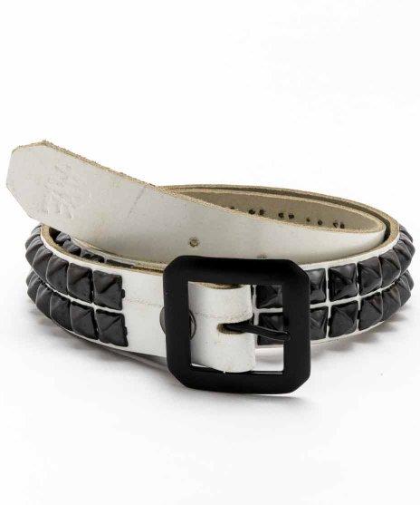 スタッズベルト メンズ 白本革 2連 ブラックピラミッドカラー:ホワイト<br>サイズ:S〜XL<br>ホワイトのベースにブラックのスタッズを配置