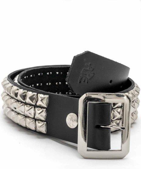 スタッズベルト メンズ 黒本革 3連 シルバーピラミッドカラー:ブラック<br>サイズ:S〜XL<br>3連シルバースタッズをブラックベルトに配置したモデル