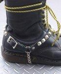 本革製ブーツストラップ 金属製コーンモデル 左右セットカラー:ブラック<br>サイズ:S/M,M/L<br>金属コーンタイプのブーツストラップ