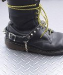 本革製ブーツストラップ 金属製スパイクモデル 左右セットカラー:ブラック<br>サイズ:S/M,M/L<br>パンクの定番の金属スパイクを装着