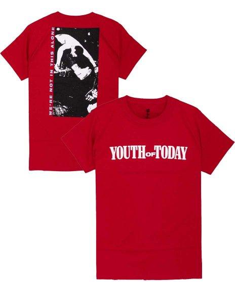 Youth Of Today ( ユース オブ トゥデイ ) We'Re Not In This Alone オフィシャルバンドTシャツカラー:レッド<br>サイズ:S〜L<br>フロントにバンドのロゴとバックには縦長のライブフォトのデザイン