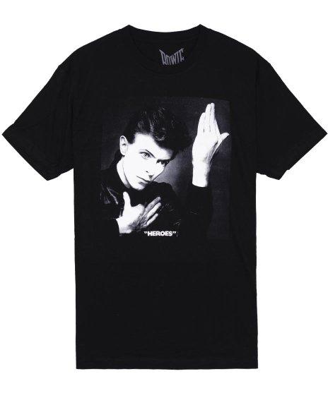 デヴィッド・ボウイ Heroes バンドTシャツカラー:ブラック<br>サイズ:S〜L<br>ヒーローズのジャケットデザイン