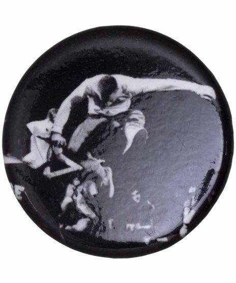 Youth Of Today ( ユースオブトゥデイ ) バンド缶バッジ EPカバーカラー:ブラック<br>サイズ:32mm<br>Disengageンジャケットデザイン
