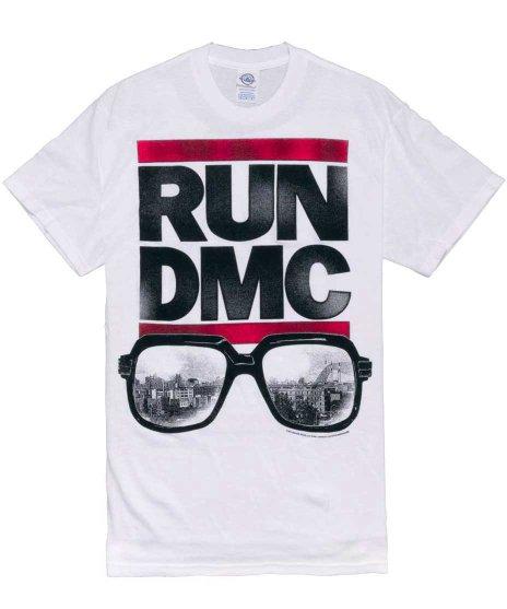 RUN DMC サングラス バンドTシャツカラー:ホワイト<br>サイズ: M、L、XL<br>バンドロゴにサングラス