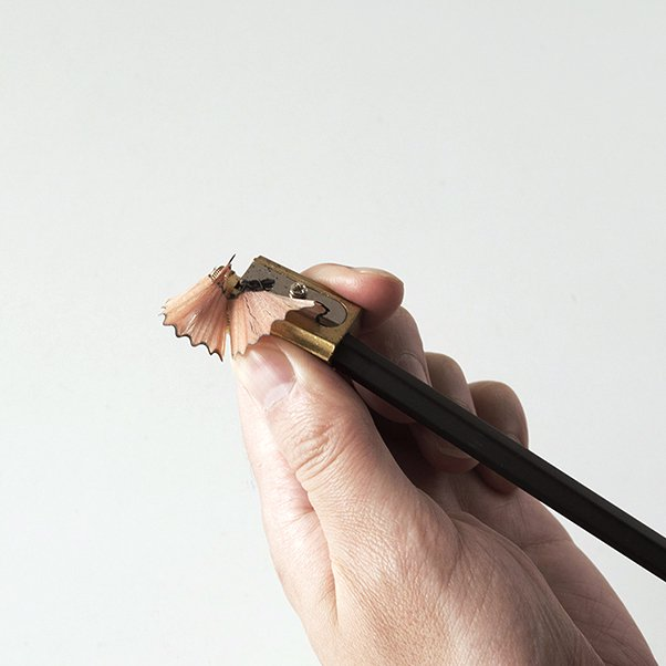 DUX PENCIL SHARPENER WITH LEATHER CASE