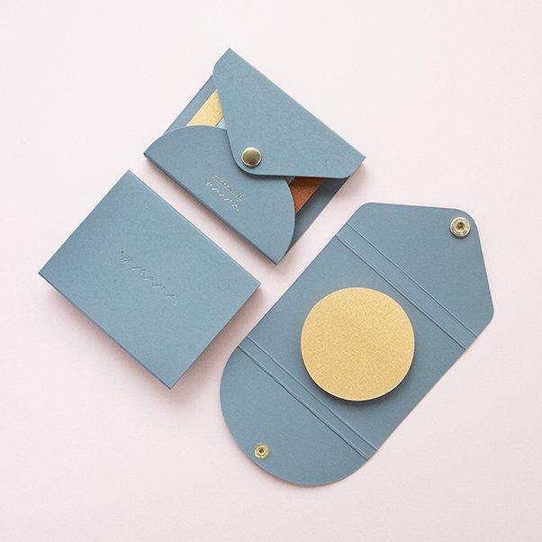 Metallic sticky notes