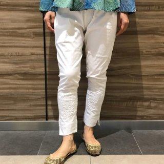 チカンカリ(チカン刺繍)ストレッチパンツ 白