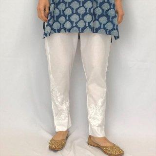 チカンカリ刺繍パンツ