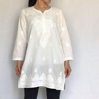 チカンカリ刺繍コットンチュニック  ホワイト  2L/4Lサイズ