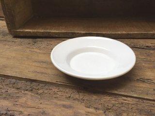 ルーマニア トランシルバニアの白い陶器 プレートSサイズ