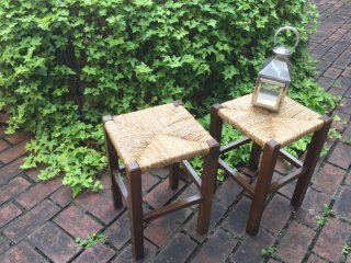 ルーマニア  縄編みの角椅子