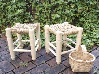トルコ チャイ屋さんの藁編み椅子