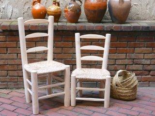 スペイン グアディスの椅子
