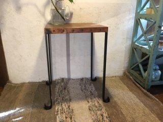 トルコ 銅板のテーブル
